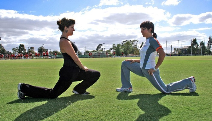 Personal_Training_Outdoors_-_Lunges